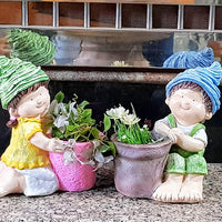 (Set of 2) Boy-Girl Shape Pots, Planter