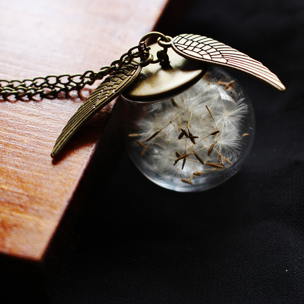 Potterhead Snitch Dandelion Seeds Necklace