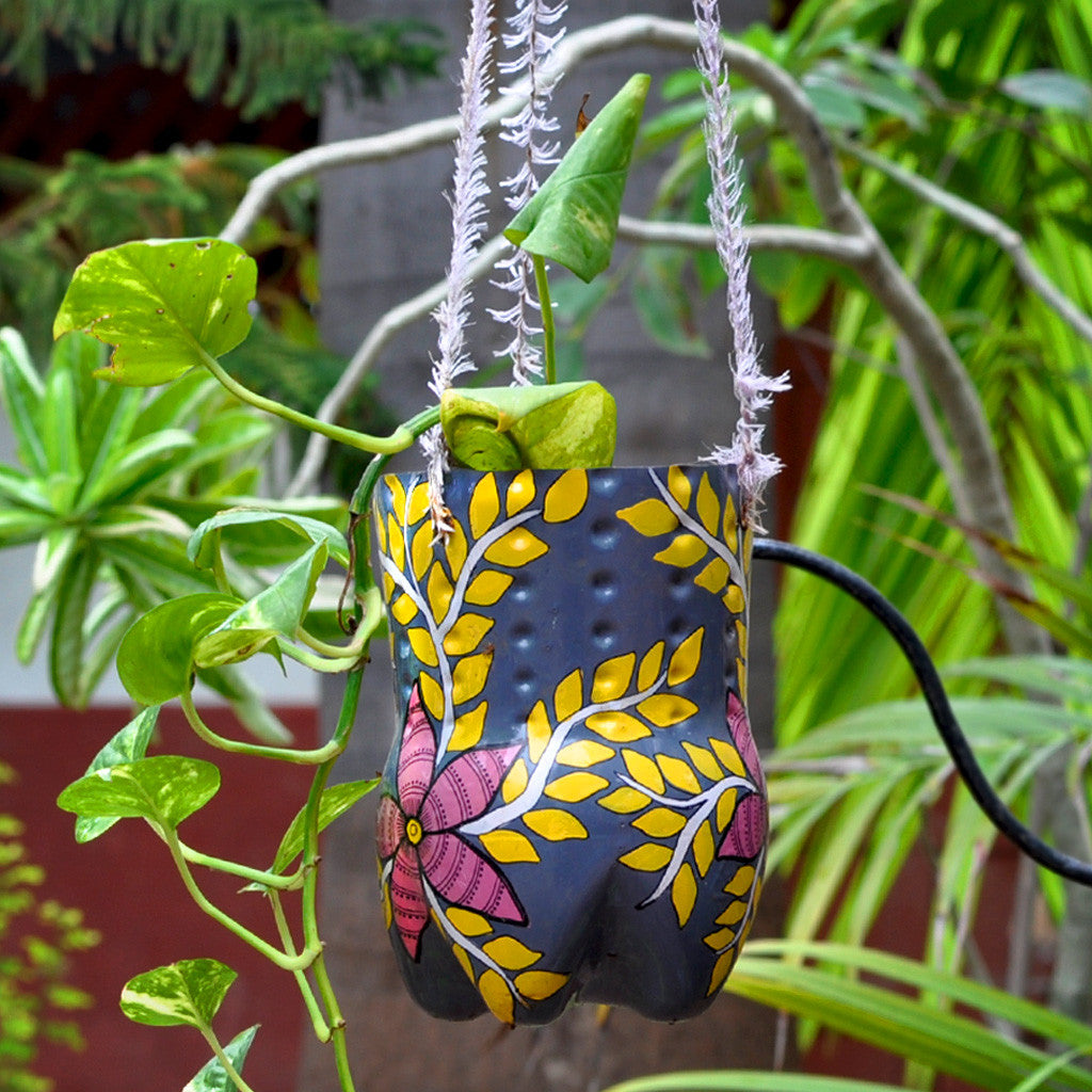 Hand-painted Vertical Pot Garden Essentials myBageecha - myBageecha