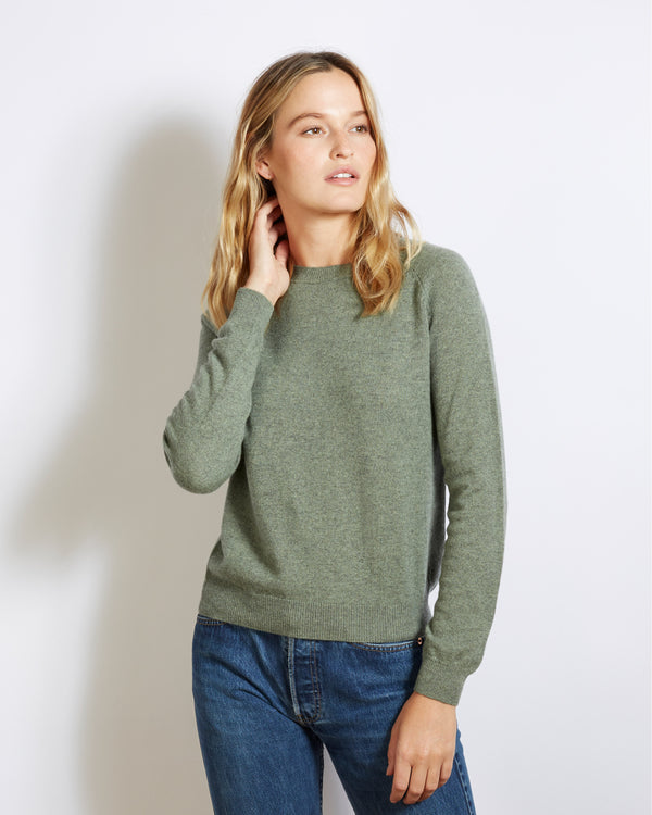 light cashmere sweater mila green