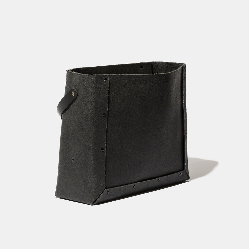 BLACK LEATHER ANYBOX (HAND BAG TYPE) ¥7,500