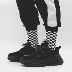 South Korea ins Harajuku street bf wind black and white checkerboard in the tube cotton socks couple men and women socks