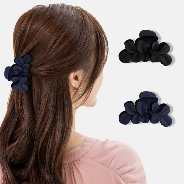 Fashionable Black Hair Clips Strong Hollow Geometric Leaf Shape Hair Accessories Hair Claw Hair care styling tools