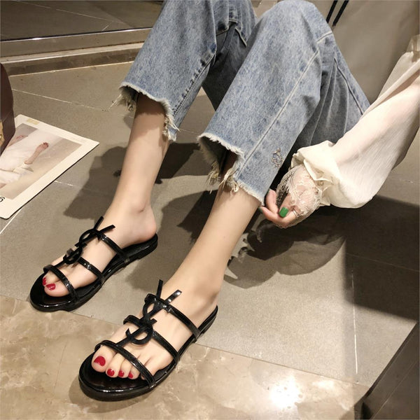 Summer Women beach shoes Slippers Fashion Skin Wild Outside Inside Women Slides Simple Light Comfortable Women's Shoes
