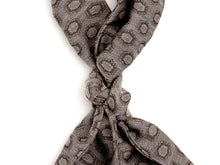 Load image into Gallery viewer, Silk Wool Ascot Grey