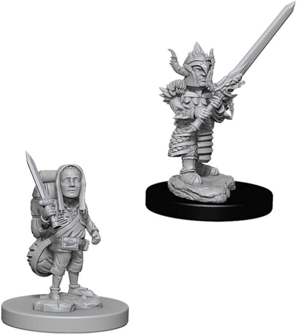 Dungeons & Dragons : Nolzur's Marvelous Unpainted Miniatures - Male Halfling Fighter