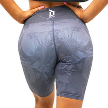 Load image into Gallery viewer, Derrimut 24: Gym Ladies Bike Shorts - Grey
