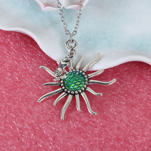 Resin Mermaid Fish Scale Necklace Antique Silver Green AB Color Sun 20 5/8""