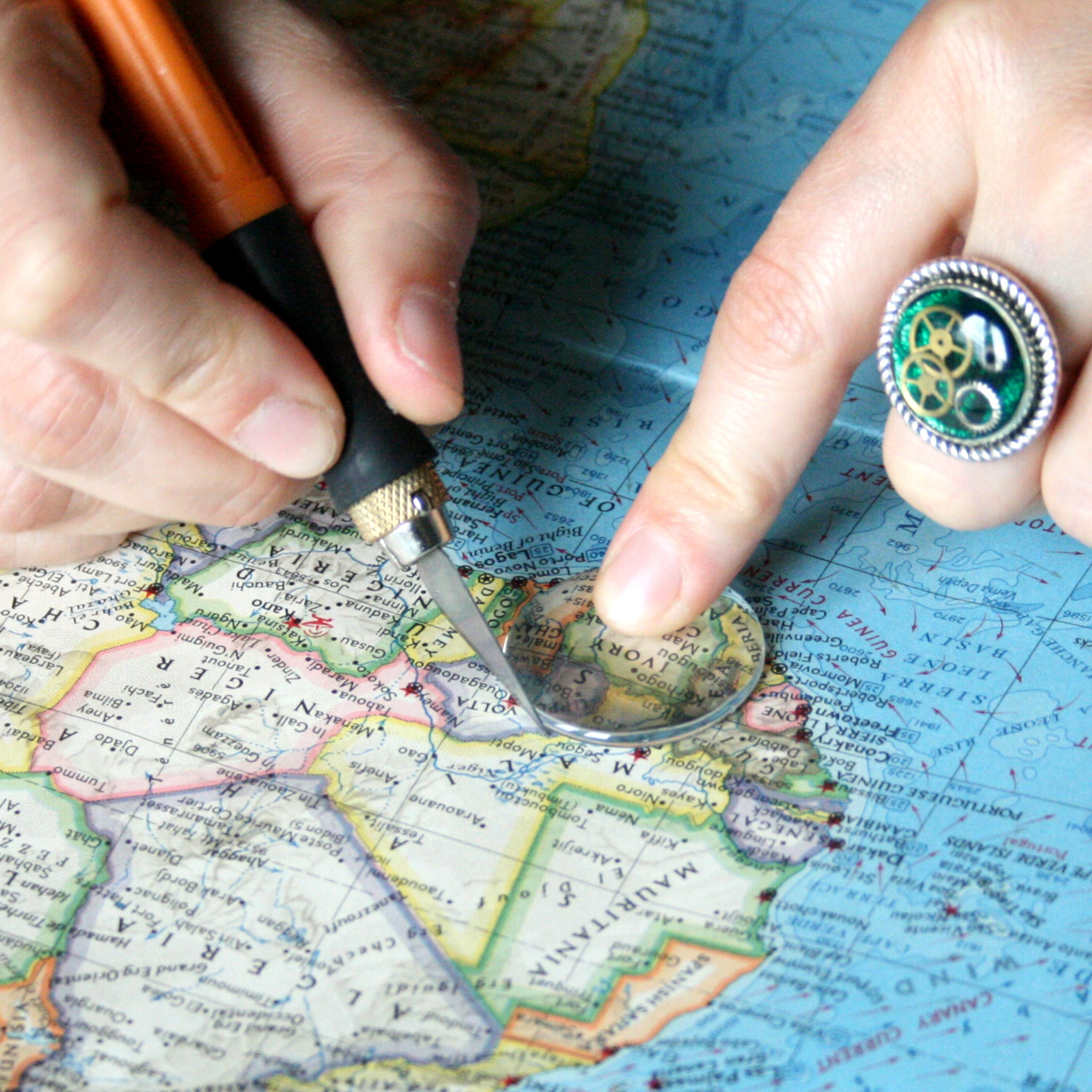 Making custom map jewellery