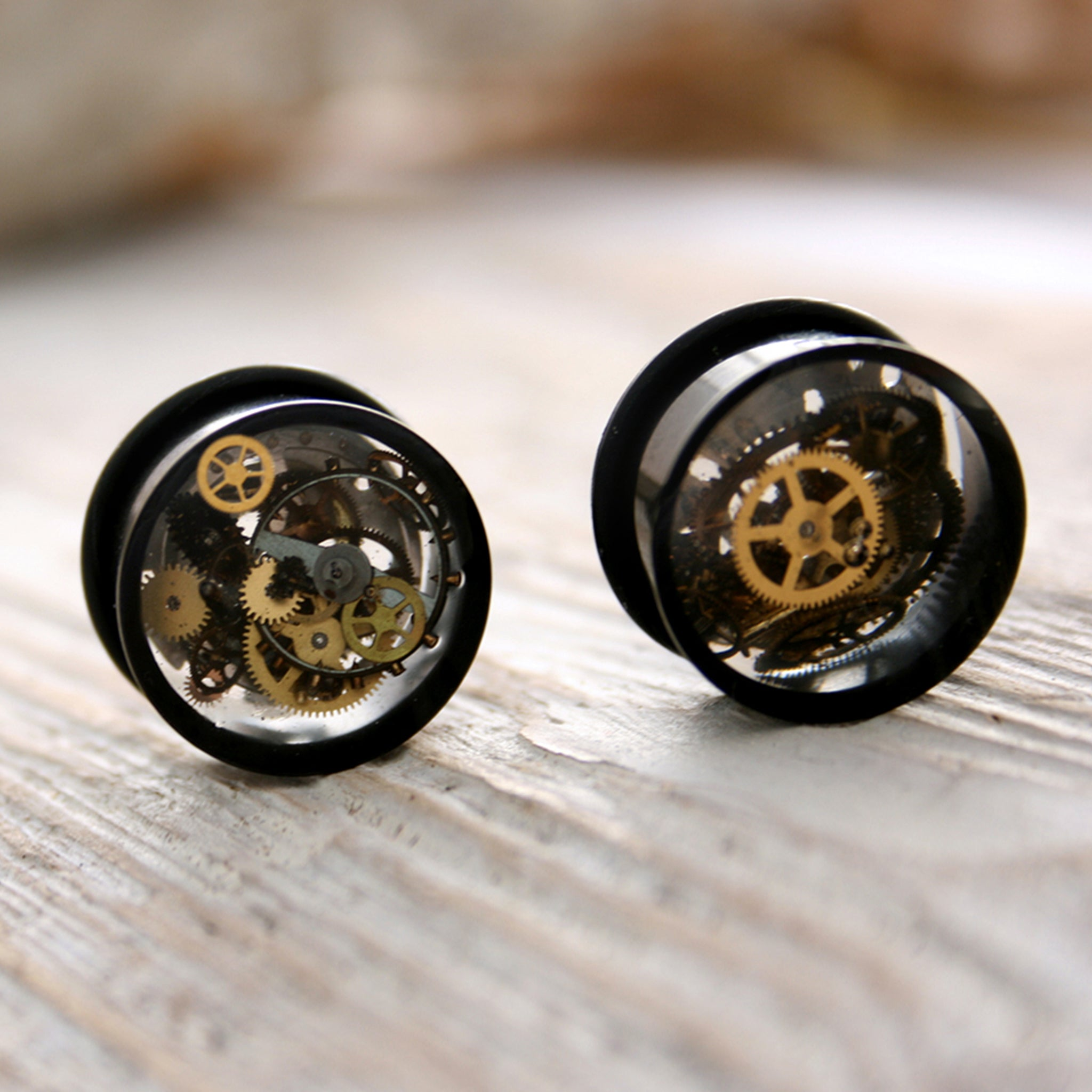 16mm ear gauges in steampunk style with silicone o-rings