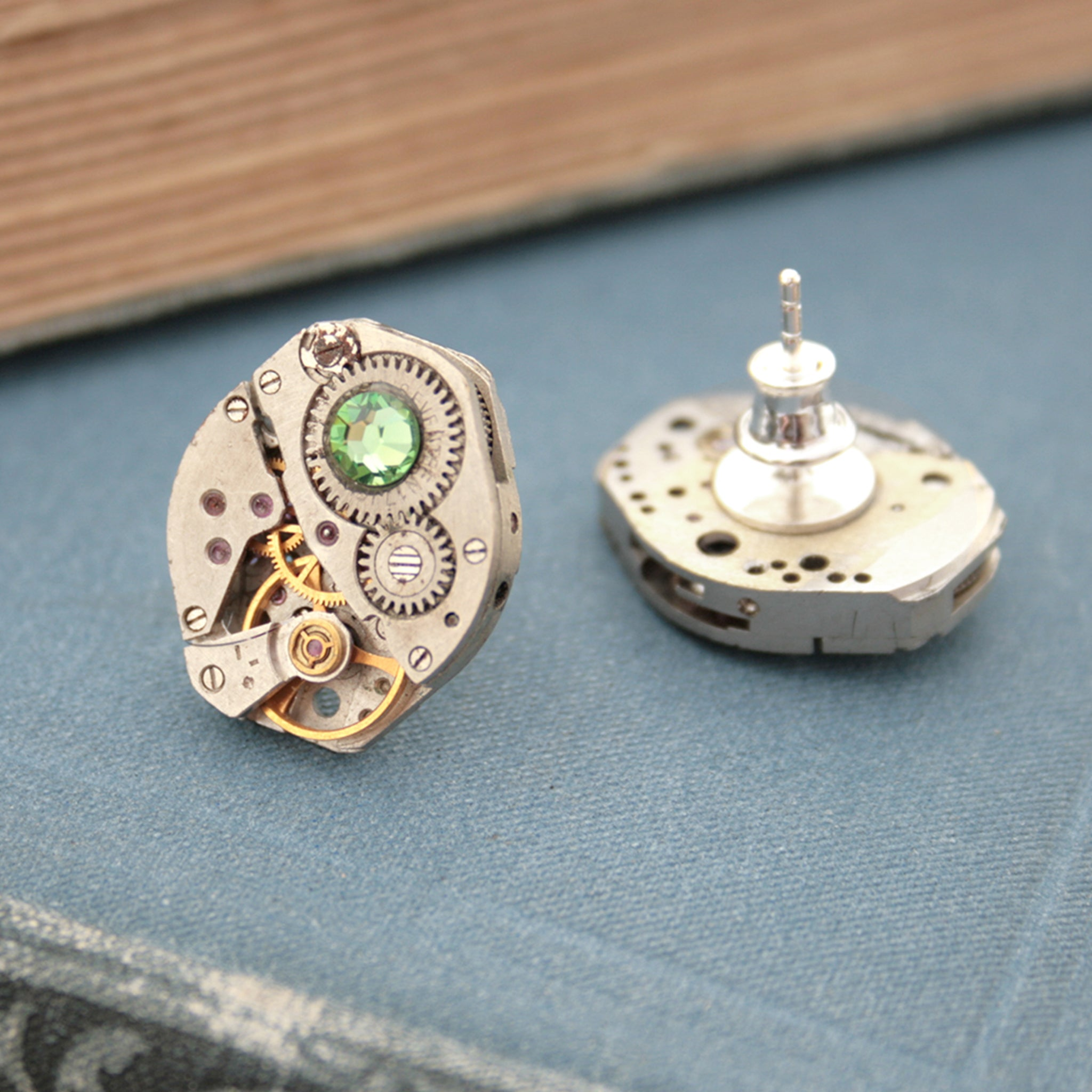 Peridot Birthstone Stud Earrings in Steampunk Style
