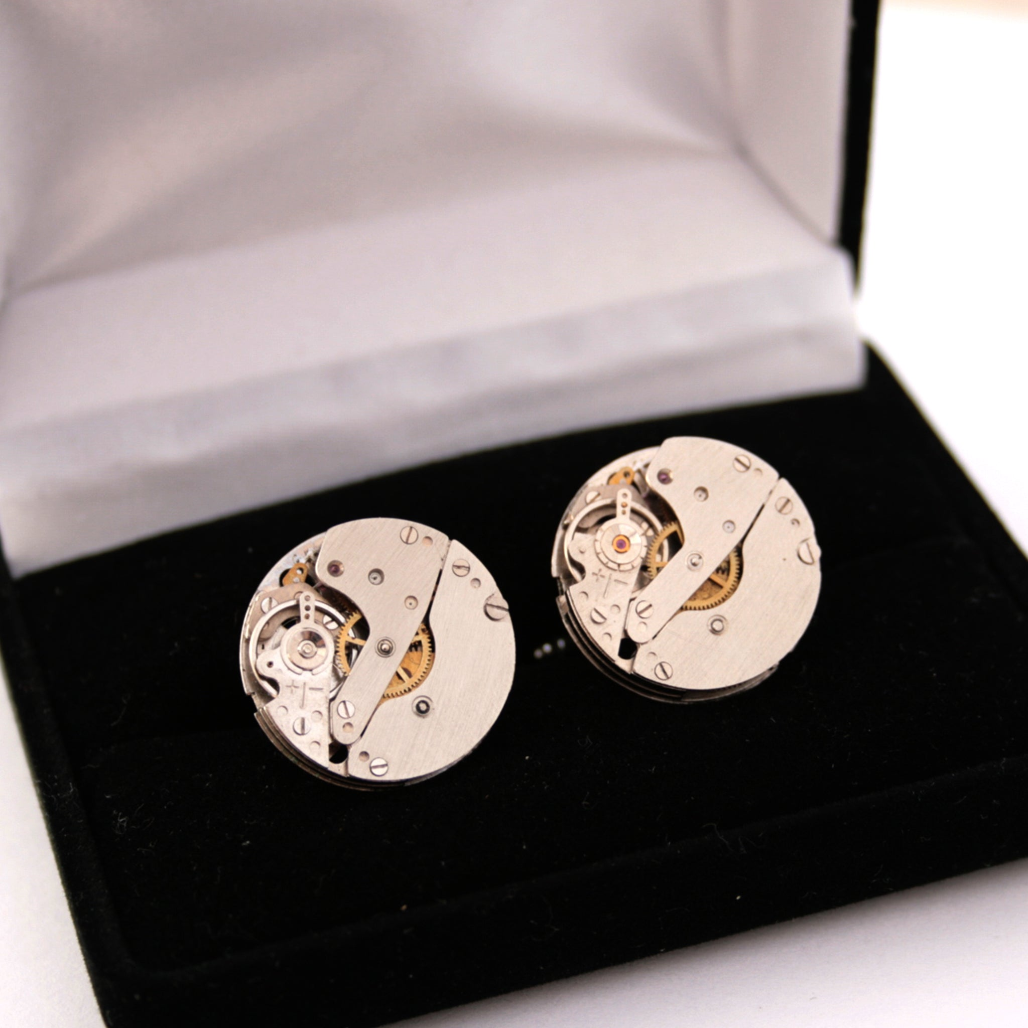 Novelty Cufflinks made of Watch Movements in black velour box