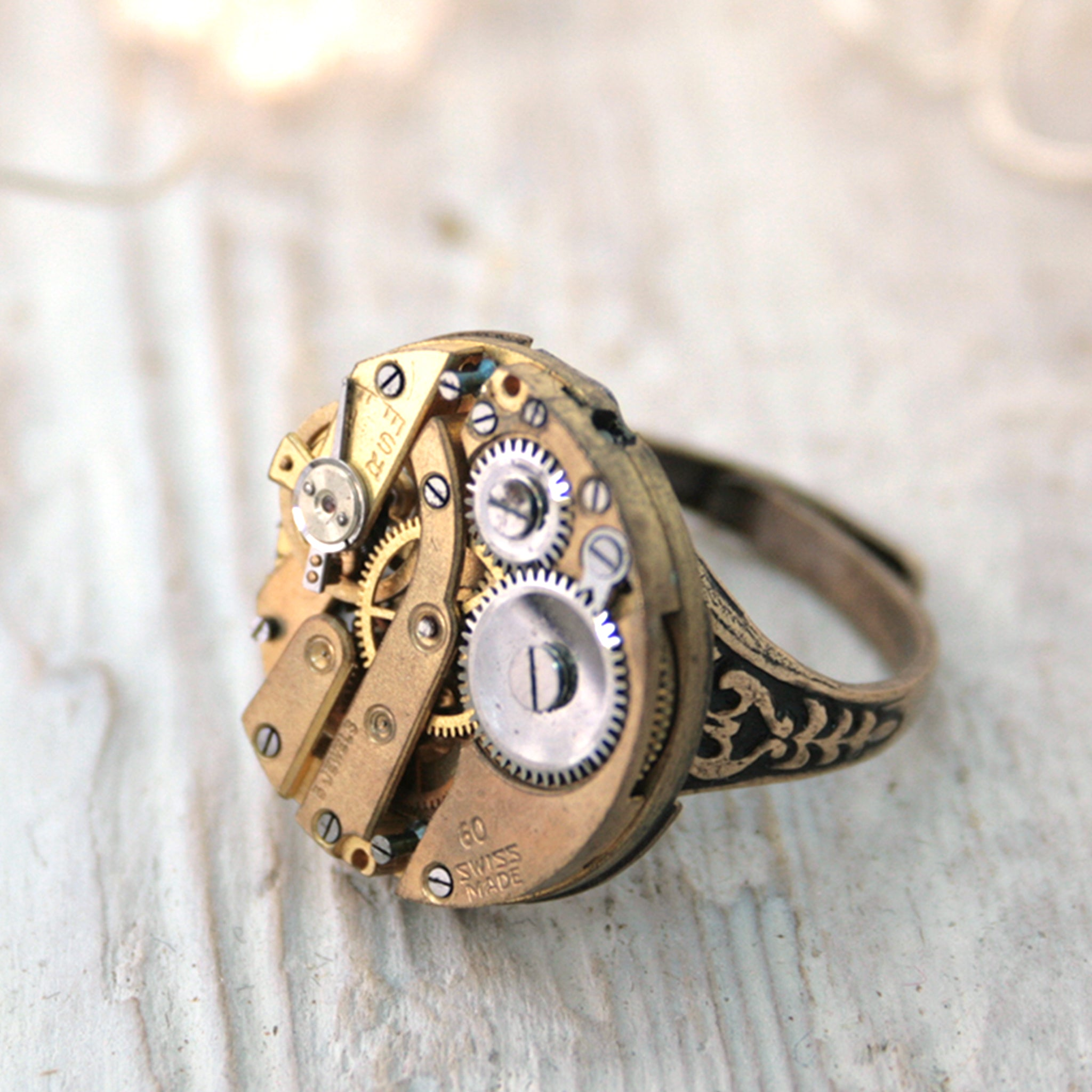 Gothic Ring in Gold on Floral Band