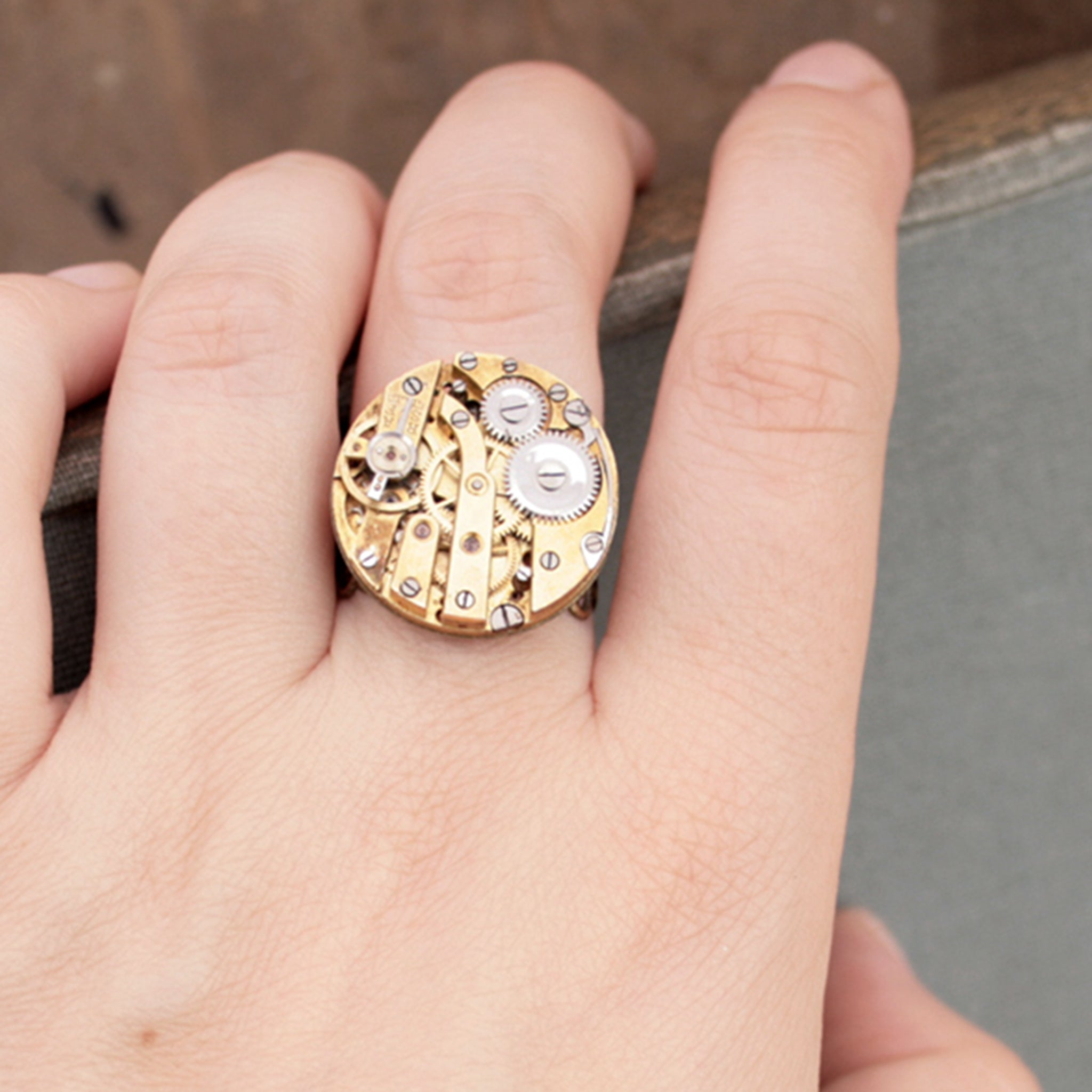 Gothic Ring in Gold tone with filigree bronze band on hand