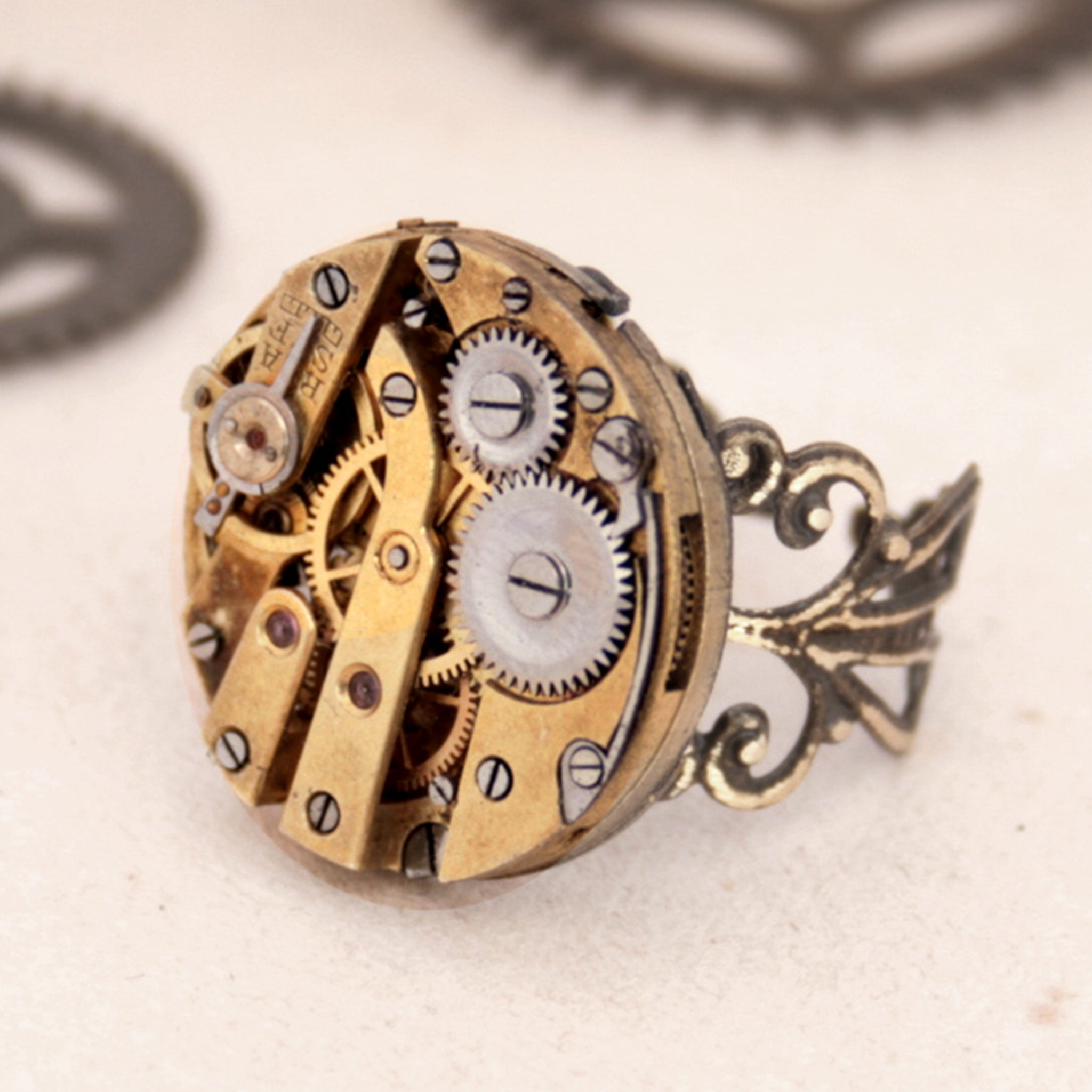 Gothic Ring in Gold tone with filigree bronze band
