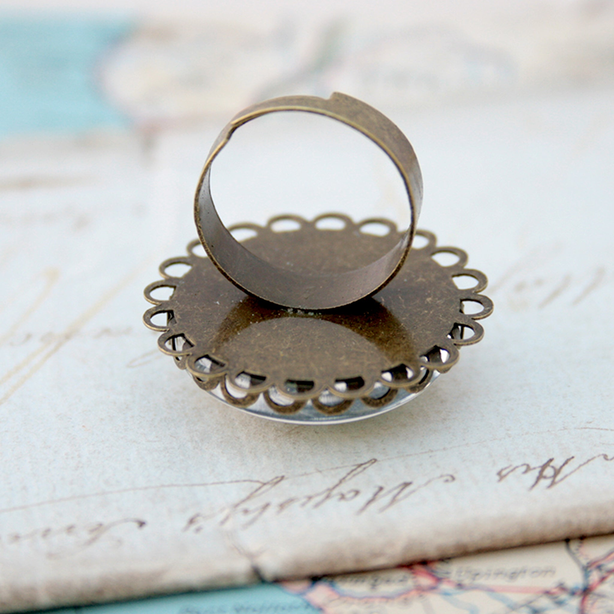 Round bronze ring personalised with custom map of Buenos Aires