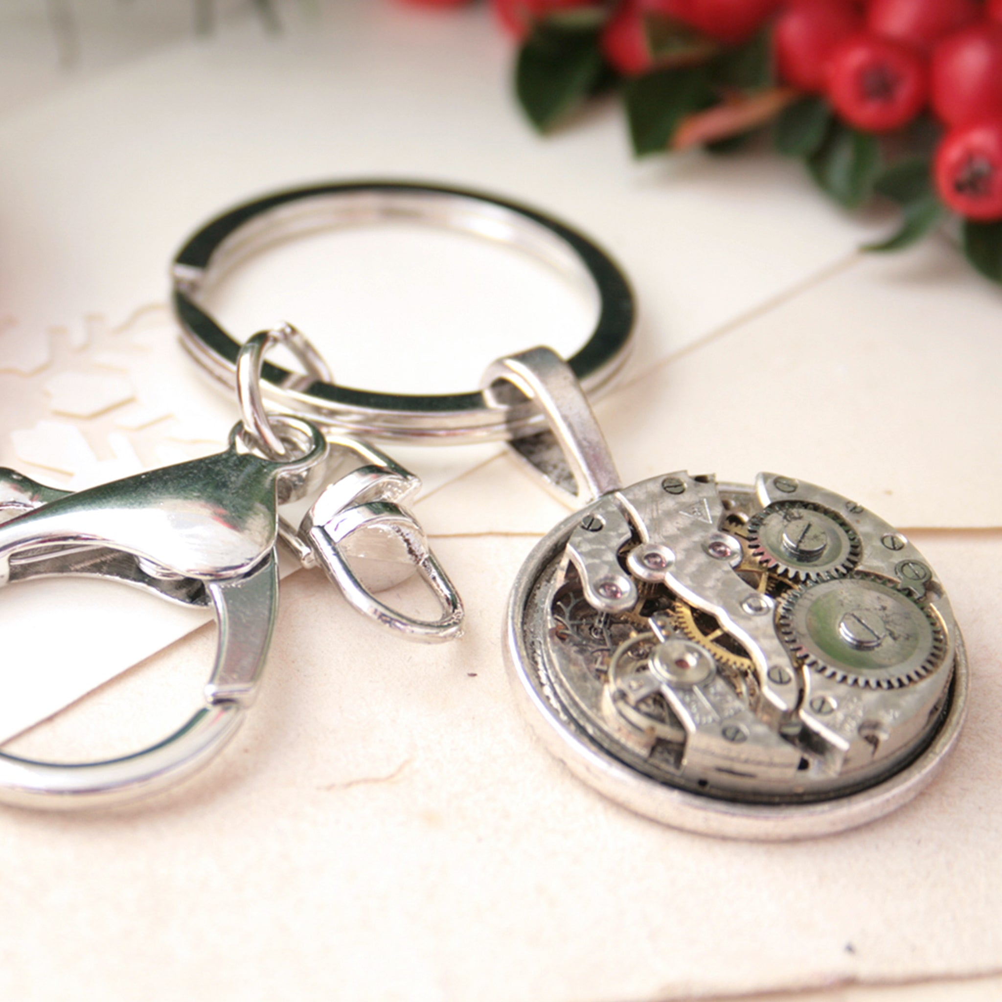 Mens Keychain with watch movement