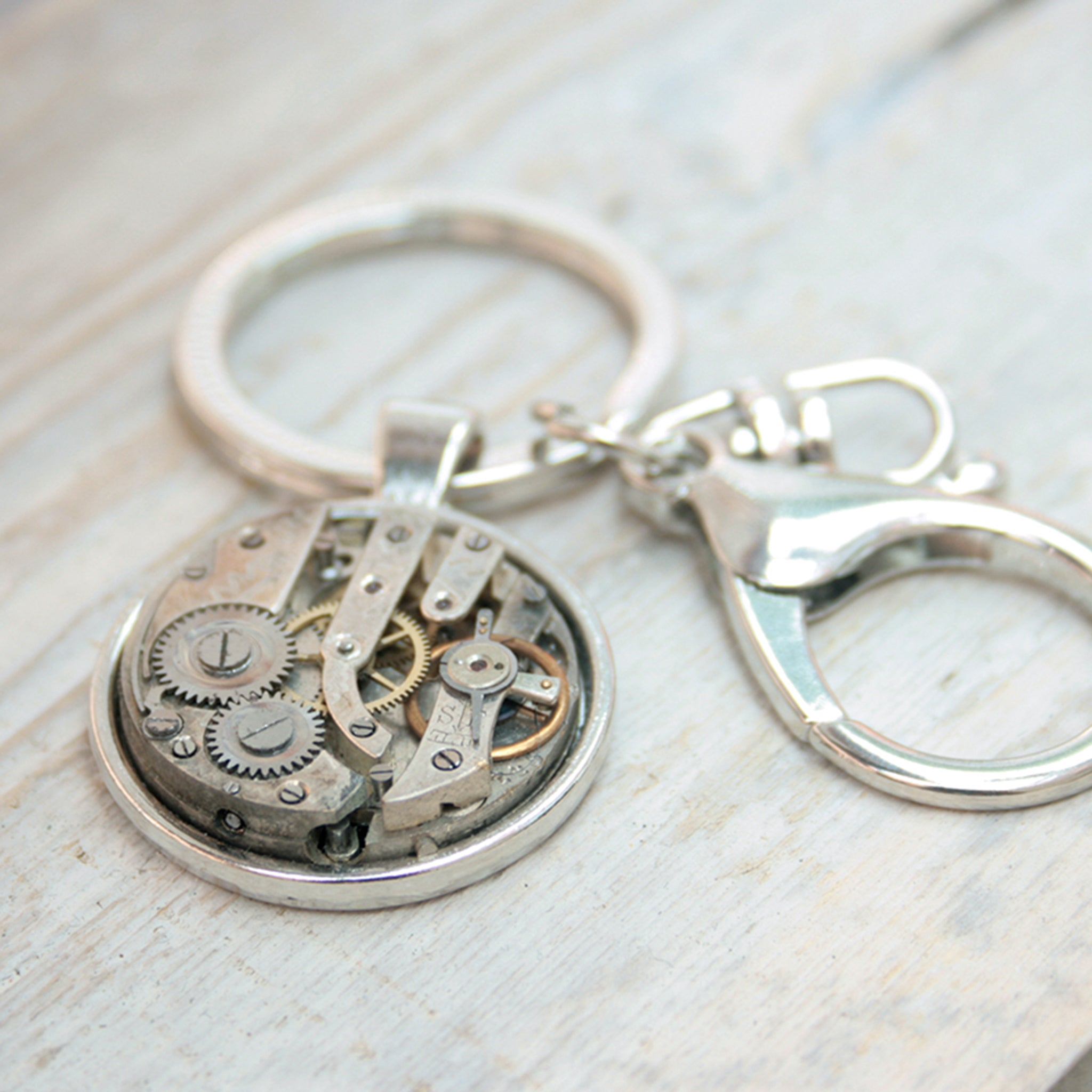 Steampunk keyring for car keys