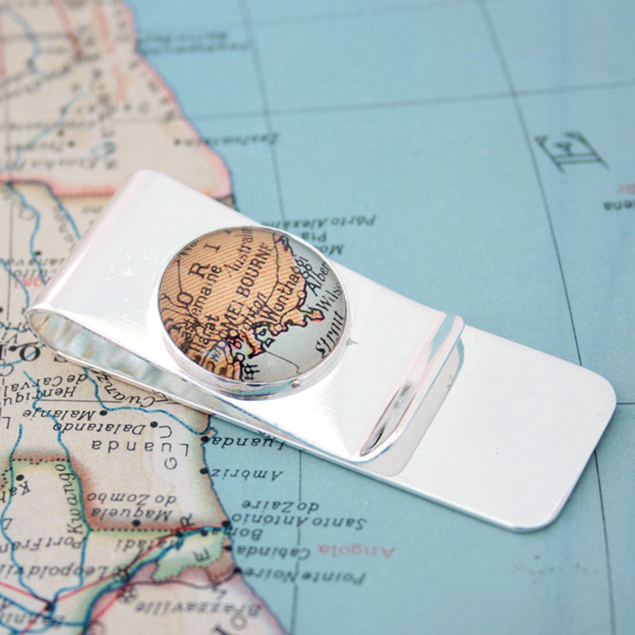 Silver money clip featuring map of Melbourne