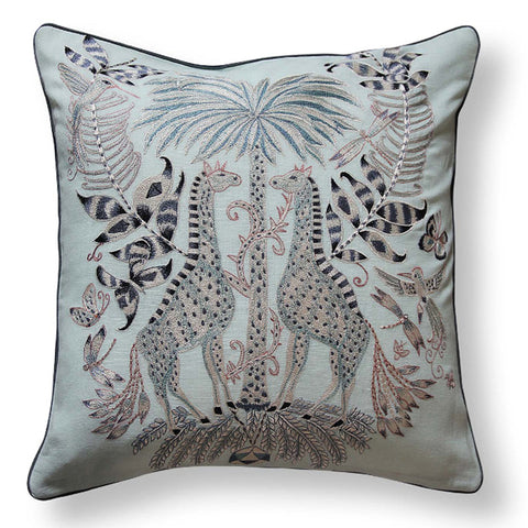 EMBROIDERED COTTON PILLOW WITH GIRAFFES