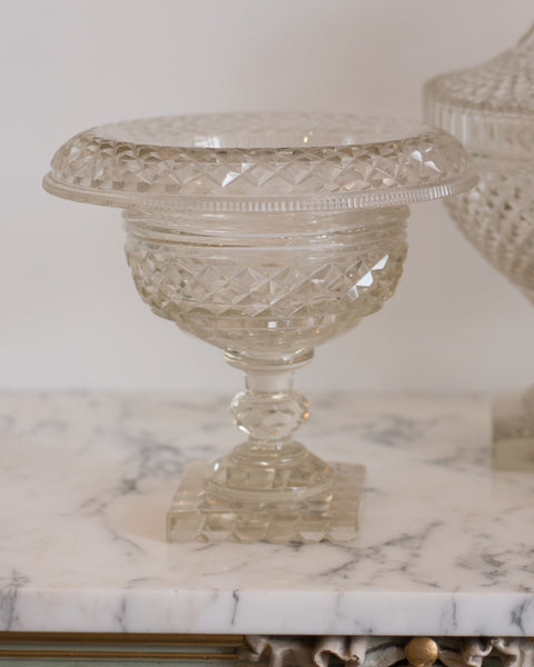 ANTIQUE IRISH CUT CRYSTAL BOWL WITH ROLLED EDGE