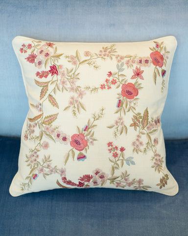 EMBROIDERED PILLOW IN IVORY COTTON