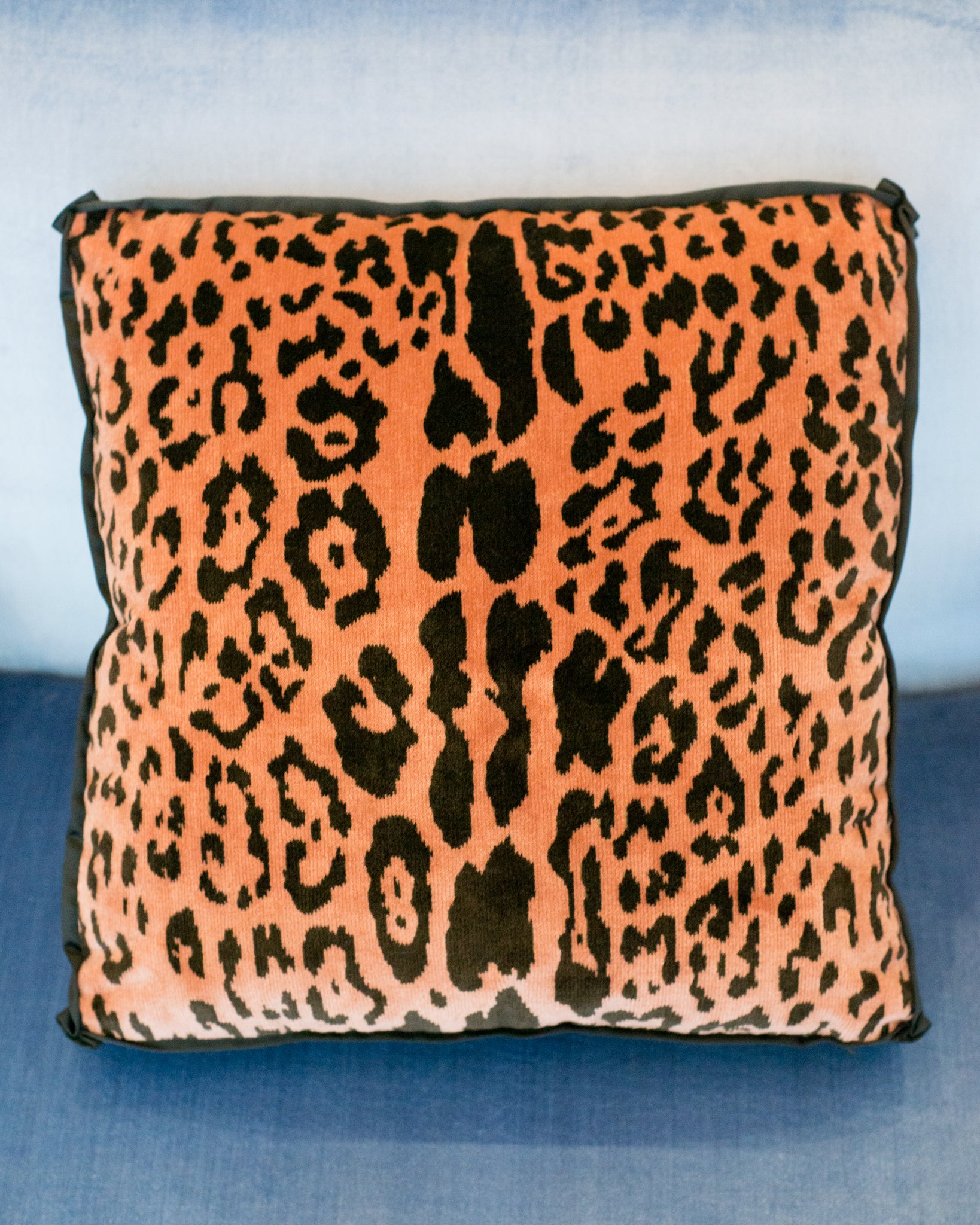 STUDIO MAISON NURITA BOX PILLOW IN BEVILACQUA CORAL LEOPARD VELVET WITH SATIN TRIM