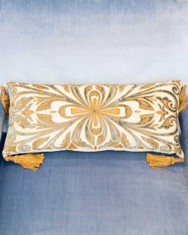 GOLD & BLUE VELVET PILLOW ON CRÈME SILK WITH TASSELS