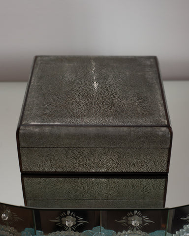 SQUARE GREY SHAGREEN BOX