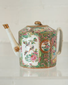 ANTIQUE CHINESE ROSE MEDALLION TEAPOT