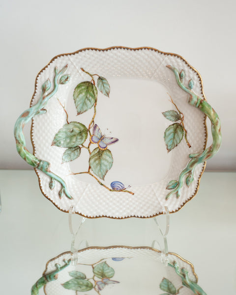 SQUARE TRAY WITH HANDLES HANDPAINTED WITH LEAVES