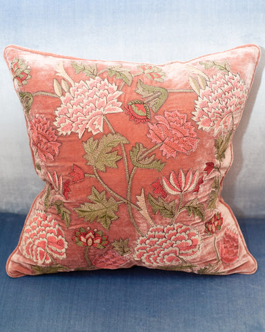 EMBROIDERED PILLOW ON DUSTY PINK SILK VELVET