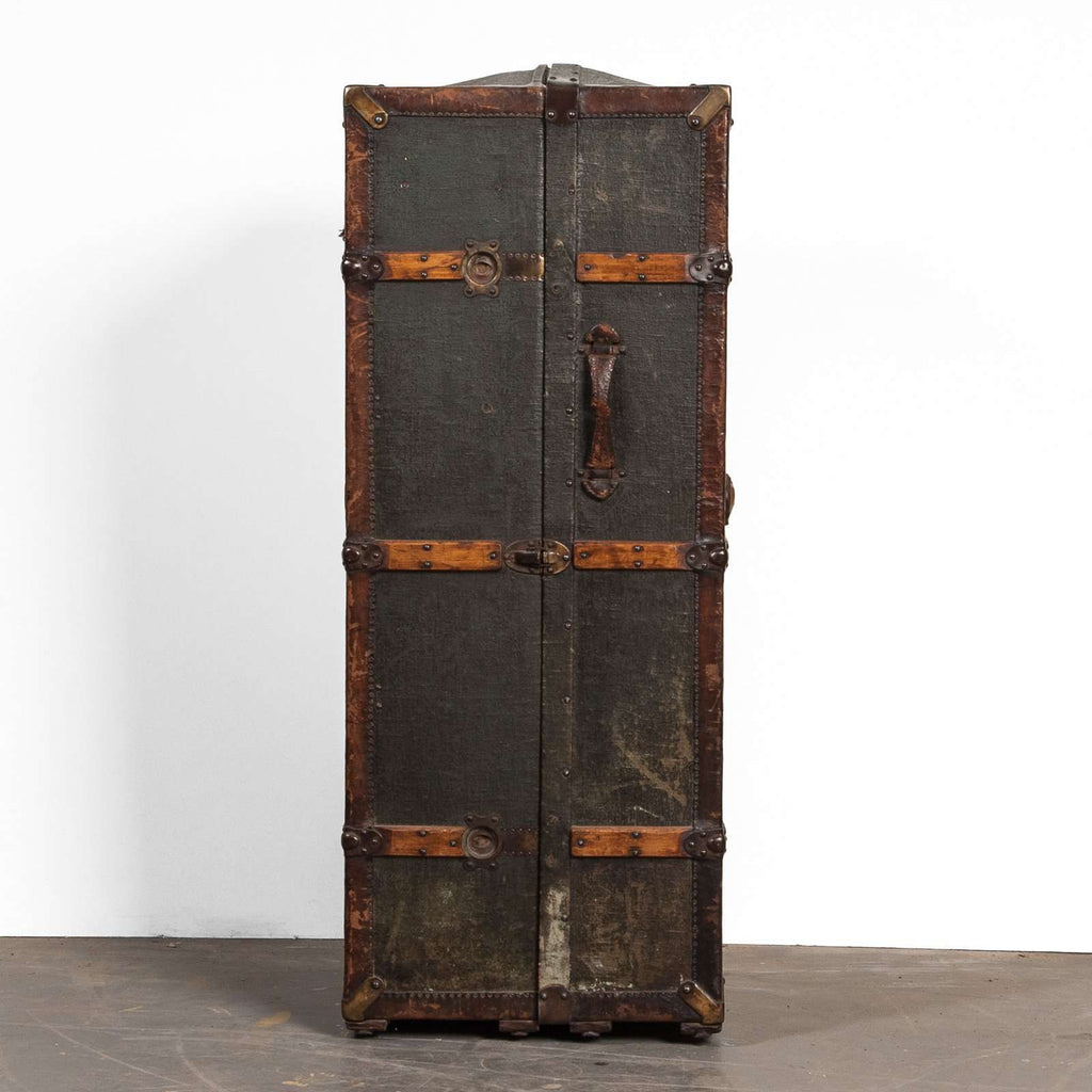 19th Century Trunk - TERTIUS COLLECTION