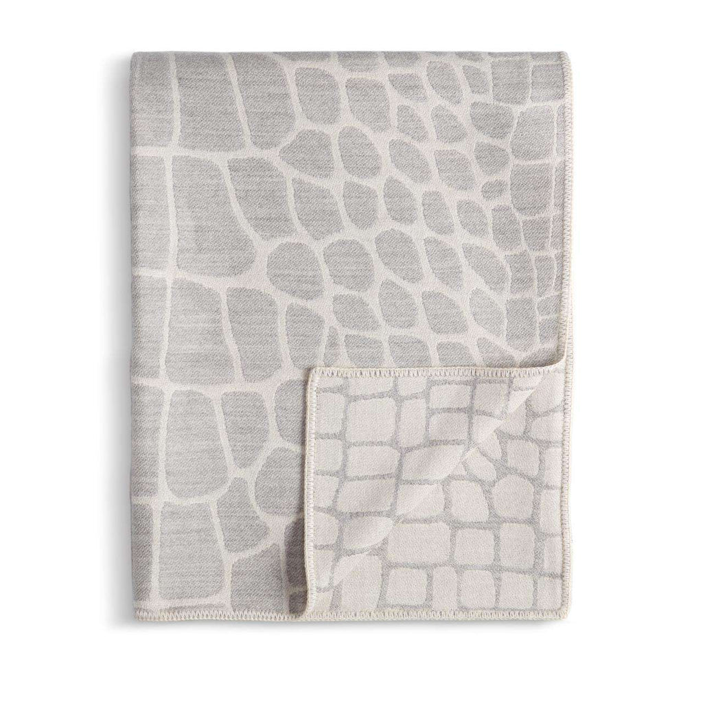 Crocodile Jacquard Throw - Ecru & Grey - TERTIUS COLLECTION