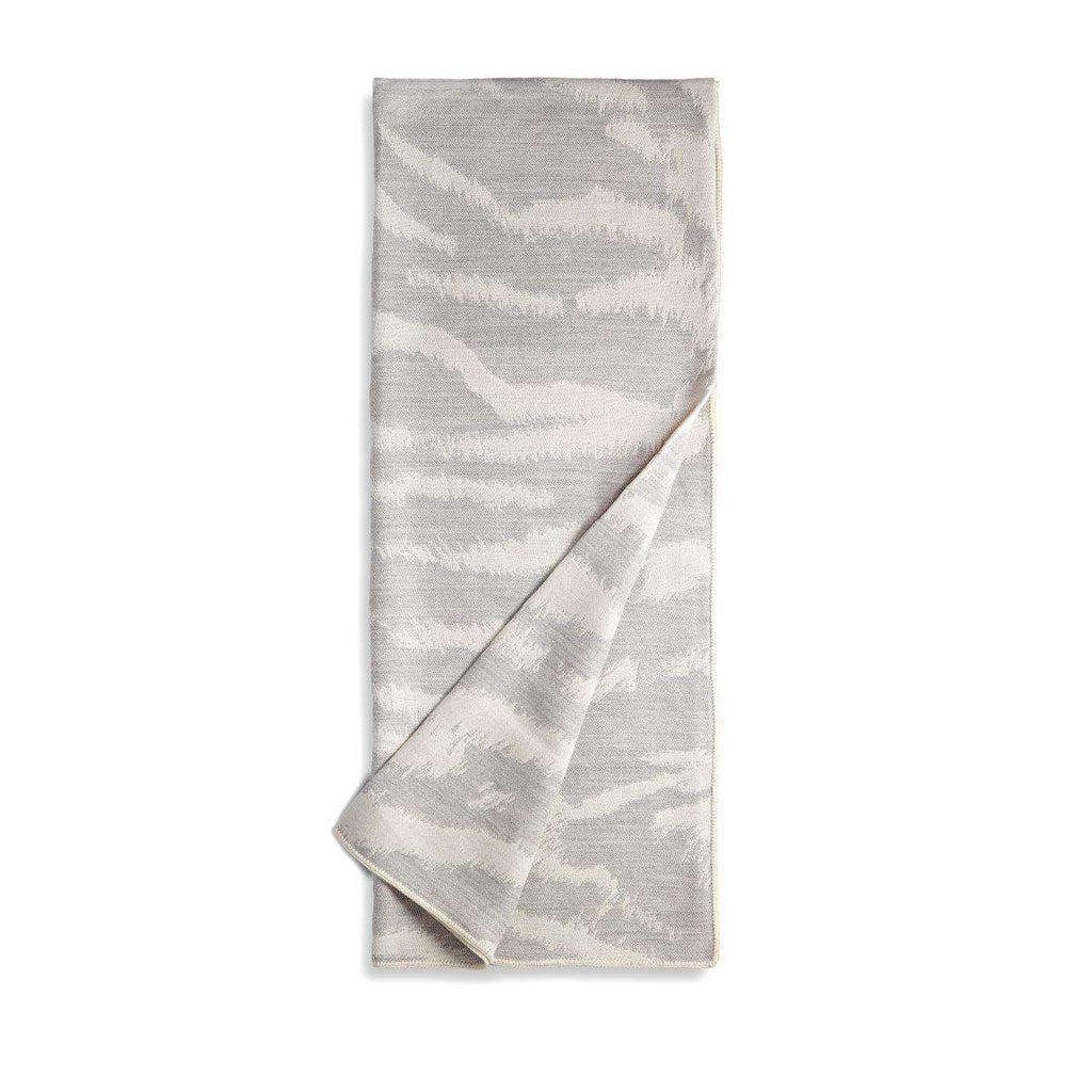 Tiger Jacquard Throw - Ecru & Grey - TERTIUS COLLECTION