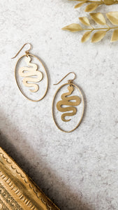 Slither Oval Hoops