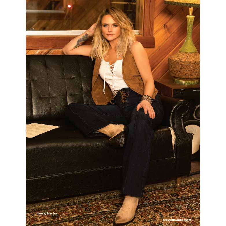 Cowgirl-Magazine-SepOct2019---Miranda-Lambert-at-Home