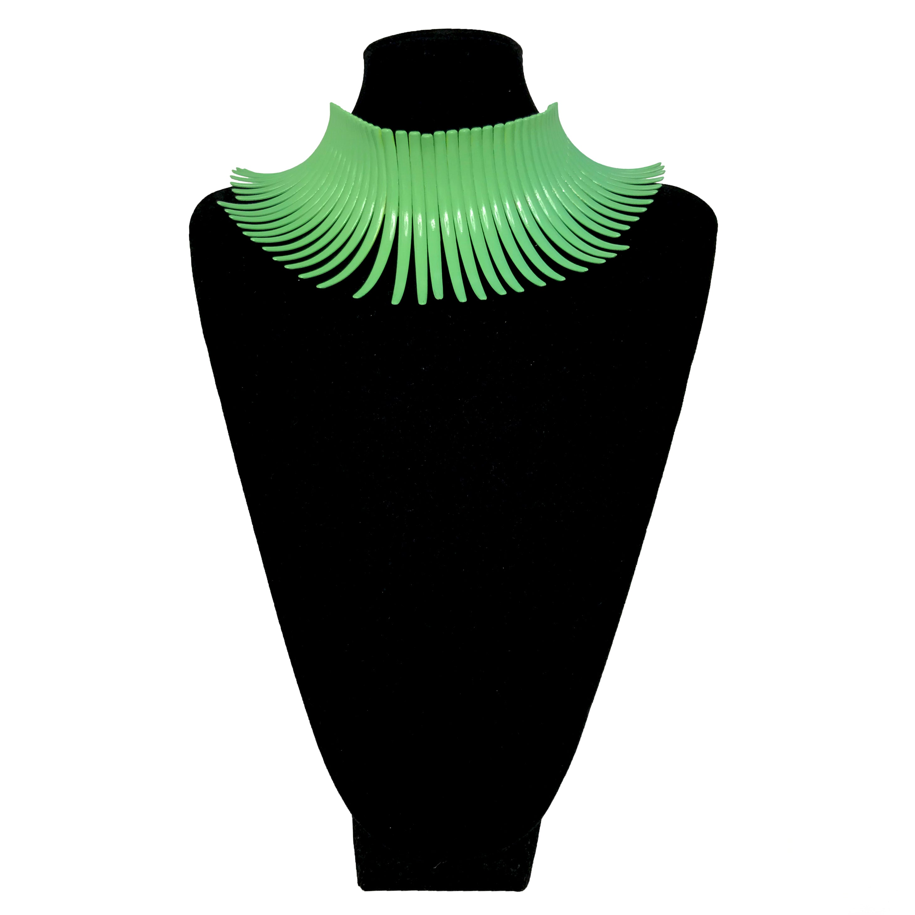 Tribal Curved Bar Green Choker