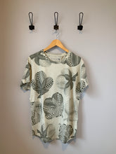 Load image into Gallery viewer, Hipster Tee - Metanoia Boutique