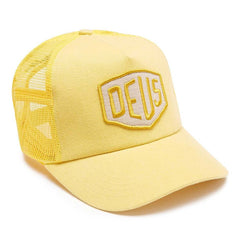 Deus Foxtrot Shield Trucker - Yellow