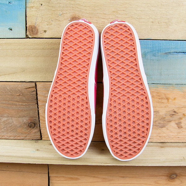 "Vans Authentic - Red <p style=""color:red"">SALE<p style=""color:red"">"