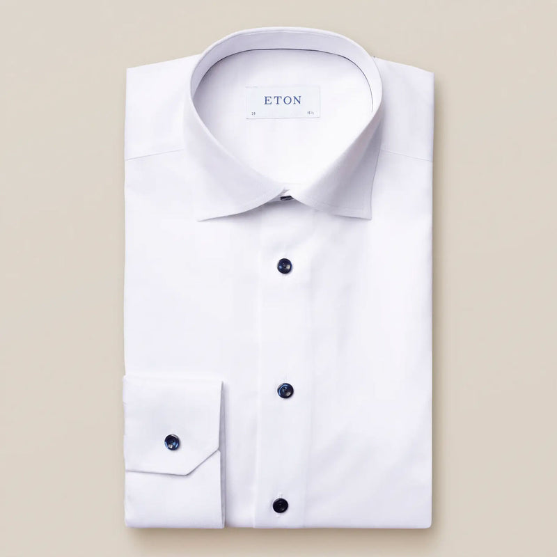 Slim fit white twill shirt with navy details