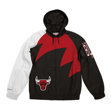 Load image into Gallery viewer, COLLECTOR Veste imperméable CHICAGO BULLS Mitchell ness