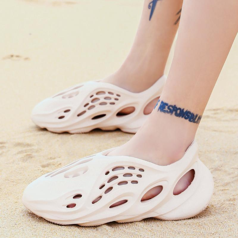New Hollow Breathable Beach Sandals