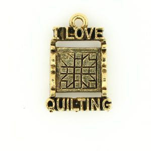 I Love Quilting Saying Charm Plated Gold - SamandNan
