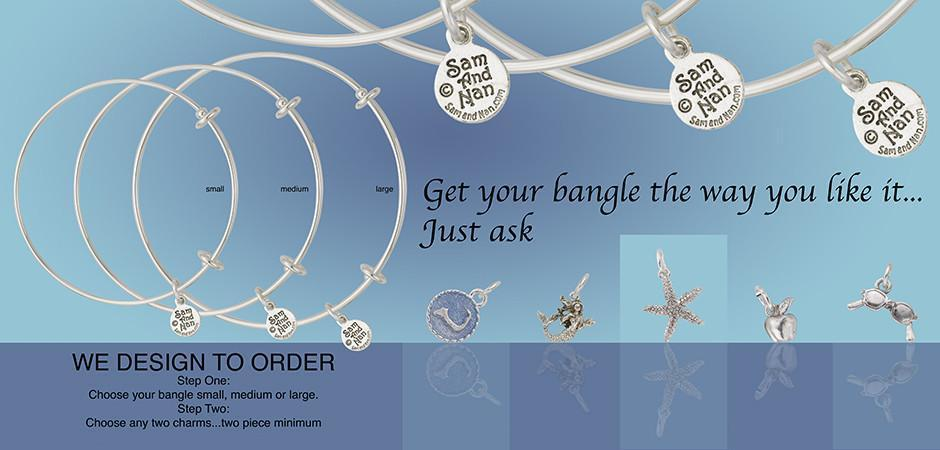 Dsign images for making a bangle. A row of bracelet with 5 charms