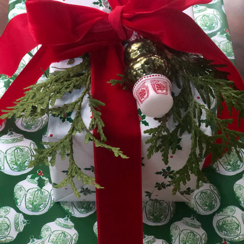 New! Green Ginger Jar reversible wrapping paper