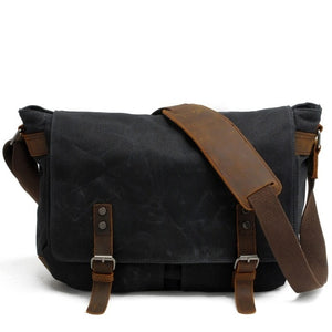 Open image in slideshow, Leather Messenger Bag