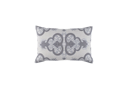 NINA SM. RECT. PILLOW LT GREY LINEN/LT GREY EMBROIDERY/MEDIUM GREY LINEN APPLIQUE 14X22