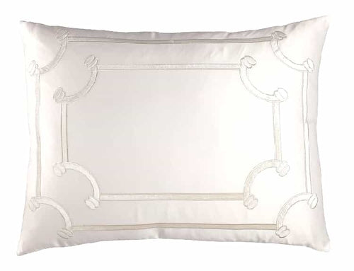 Vendome Std. Pillow Ivory S&S/ Ivory Velvet 20X26